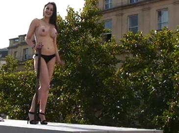 topless-woman-on-fourth-p-001